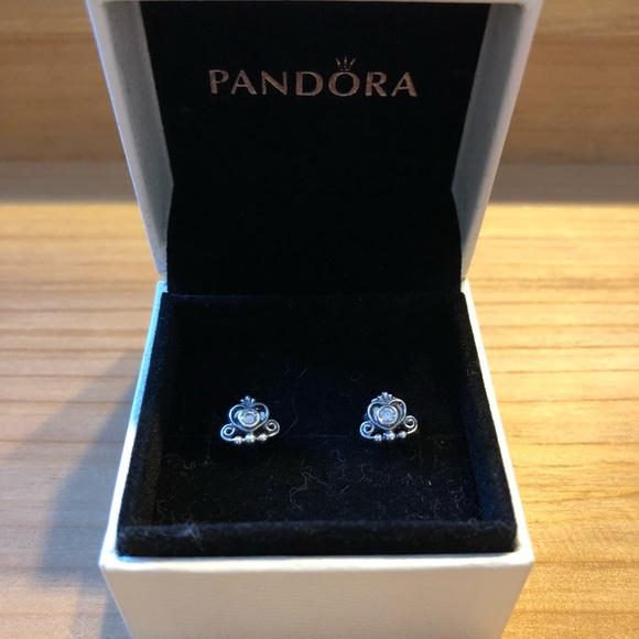 d617a2667d4f9 New Pandora My Princess Tiara Stud Earrings
